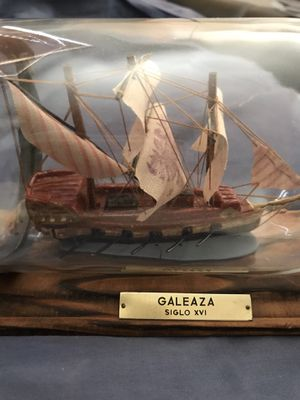 ANTIQUE SHIP IN A GLASS BOTTLE (Limited Edition 2 of 69) GALEAZA SIGLO XVI for Sale in Santa Clarita, CA