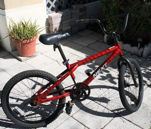 "20"" Next kids bike for Sale in Poinciana, FL"