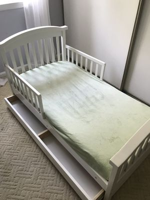 Toddler Bed with Drawer for Sale in Fairfax Station, VA
