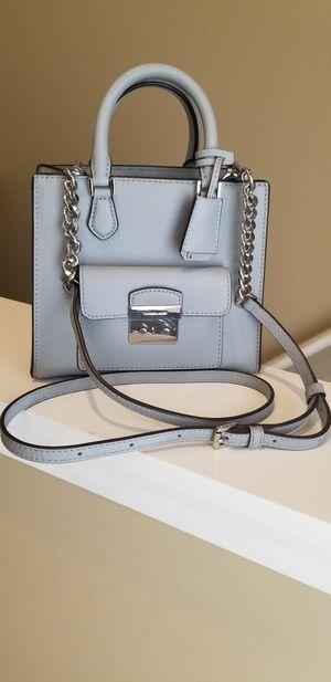 Michael Kors Bridgette North-South Messenger Bag w/mini wallet for Sale in Warren, MI
