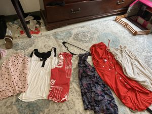 Woman's clothing size M for Sale in Jacksonville, FL