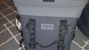 YETI HOPPER M30 for Sale in Denver, CO
