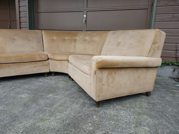 Mid Century Modern Vintage Sectional Sofa (FREE Local Delivery)