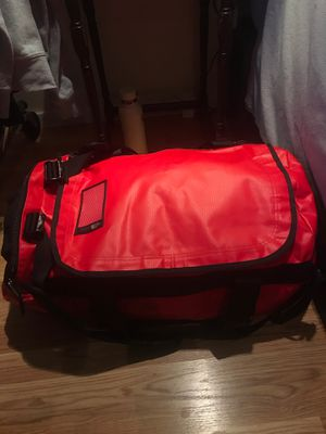 North Face duffle bag like new! for Sale in Pacifica, CA
