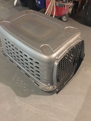 Pet carrier for Sale in Raleigh, NC