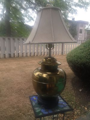 Vintage brass table lamp for Sale in Kent, WA