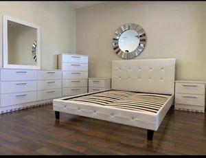Bedroom set- Juego de cuarto for Sale in Miami, FL