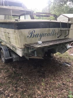 2004 five star trailer7000 pound capacity,1977 penyan tunnel hull with title. Project boat. With another 77 penyan boat for parts no title for Sale in Stafford,  VA
