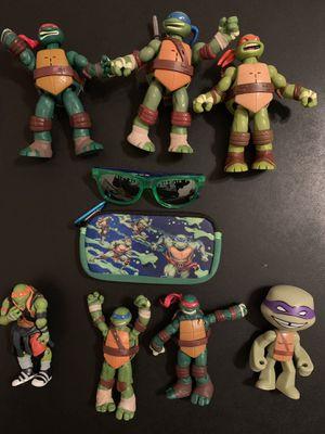 Teenage Mutant Ninja Turtles TMNT Collectible Set for Sale in Katy, TX