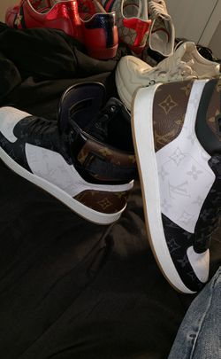 Louis Vuitton shoes for Sale in Mustang,  OK