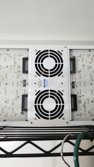 Lumigrow Pro 650 LED grow light for Sale in Federal Way, WA
