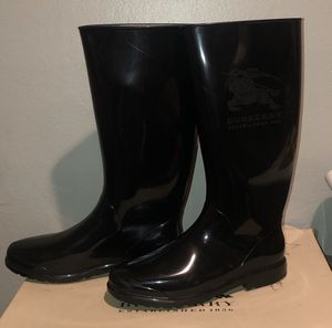 Burberry rain boots, black, size 8 for Sale in Fremont, CA