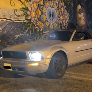 Sale! 2007 mustang Convertible 4.0 V6 for Sale in Los Angeles, CA
