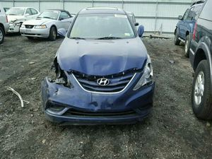 Hyundai sonata for parts anything you need please contact me 11 12 13 14 for Sale in Miami, FL