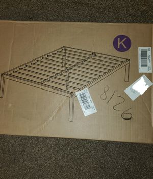 18 inch king size bed frame for Sale in March Air Reserve Base, CA