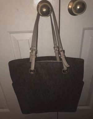 Authentic Michael Kors bag for Sale in Katy, TX