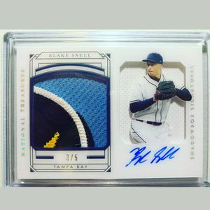 2019 National Treasures Shadowbox Signatures Blake Snell Patch Auto 3/5 baseball card for Sale in Rancho Cucamonga, CA