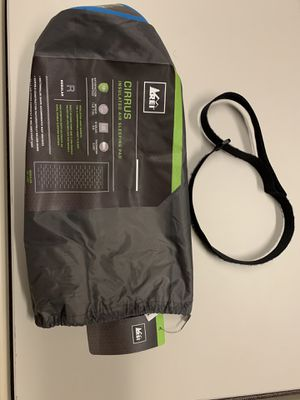 REI cirrus insulated air sleeping bag for Sale in Las Vegas, NV