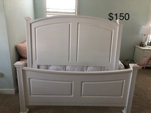 Queen bed for Sale in Ashburn, VA