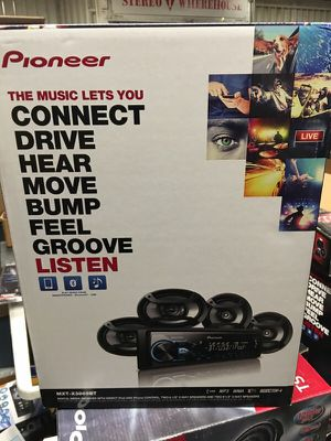 Complete Bluetooth pioneer stereo system with 4 speakers for Sale in Fresno, CA