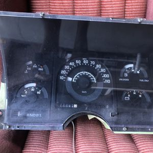 Chevy Silverado / GMC Sierra Parts (Cluster) for Sale in Long Beach, CA