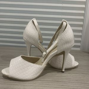 White Ankle Strap Heels for Sale in Fairfax, VA