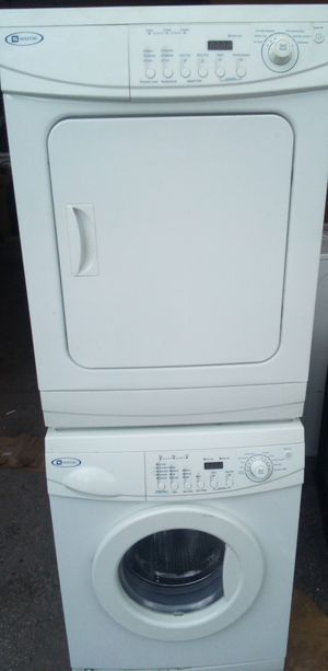 24 INCH MAYTAG COMPACT FRONTLOAD STACKABLE WASHER DRYER SET for Sale in West Palm Beach, FL