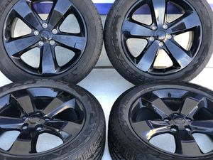 """20"""" Jeep Grand Cherokee wheels and tires gently used for Sale in Warren, MI"""