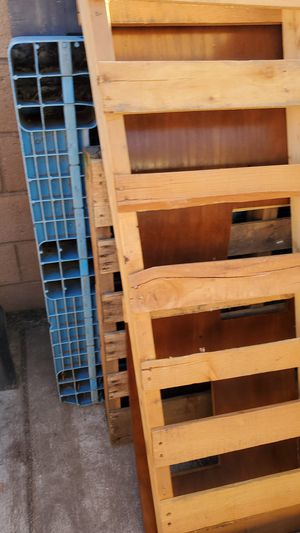 Pallets and more for Sale in Riverside, CA