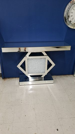 Console table for Sale in Tampa, FL