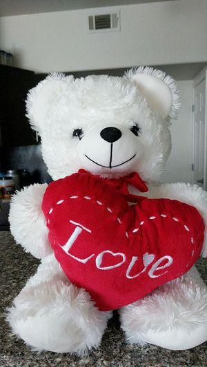 Love Teddy bear white for Sale in Henderson, NV