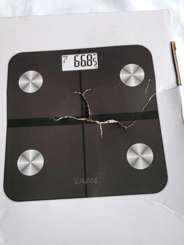 Kavani Rechargeable Smart Fat Scale, Bluetooth Bathroom BodyScale Mod: iF 1010AR