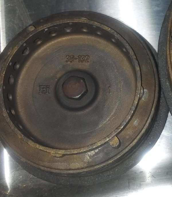 Original Viking Cooktop Small Burner Cap Black Cover 39-132 Removed from VGSU160-6B, Good Condition