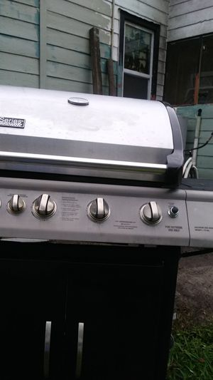 Rotisserie Propane Grill w/ side burner for Sale in Auburndale, FL