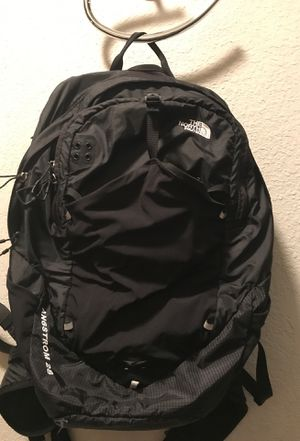 The North Face hiking /traveling backpack (Angstrom 28) for Sale in Laveen Village, AZ