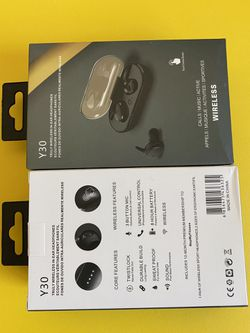 Brand New Daul Wireless Headphone $20 Each (works with Any Cellphone) for Sale in El Monte,  CA