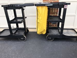 Rubbermaid carts for Sale in Gainesville, VA