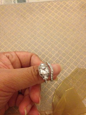 Princess cut cz diamond silver plated wedding ring set size 8 for Sale in Moreno Valley, CA