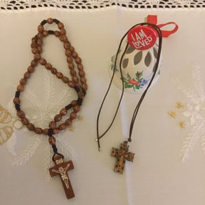Cross necklace & Rosary 🌸 for Sale in Alexandria, VA