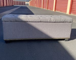 Tufted Storage Ottoman for Sale in Fremont, CA
