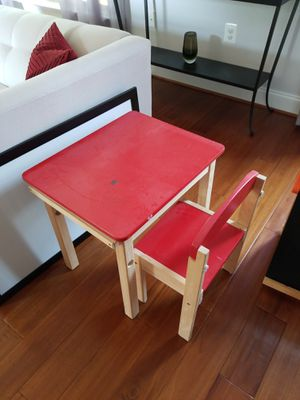 Child's table & chair, easel. for Sale in Arlington, VA