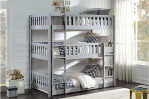 New triple bunk bed twin size tax included delivery available for Sale in Hayward, CA