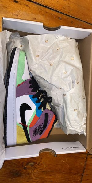 Jordan 1 MID SE Multicolor for Sale in Boston, MA