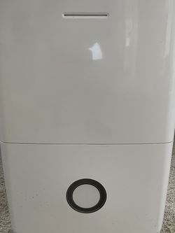 2 Frigidaire 70-Pint Dehumidifier with Effortless Humidity Control White for Sale in Land O Lakes,  FL