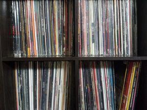 Ton of Rap/R&B Records-Singles for Sale in Martinsburg, WV