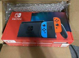 Nintendo Switch Bundle txt me if interested (330 and 301.6121) for Sale in Laguna Beach, CA