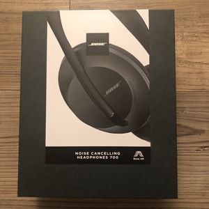 Bose Noise Cancelling Headphones 700 for Sale in Quincy, MA