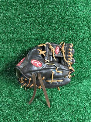"""Rawlings PPE1125I 11.25"""" Baseball glove (RHT) for Sale in Silver Spring, MD"""