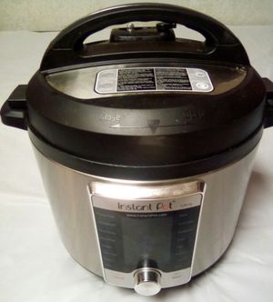 Instant Pot Ultra 60 10-in-1 Multi- Use Programmable 6 QT - MISSING ACCESSORIES AND 2 PARTS for Sale in San Diego, CA