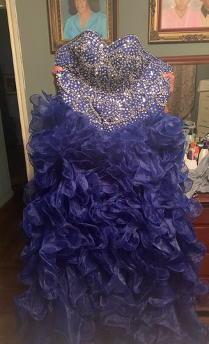 Royal blue ruffle quinceanera dress SIZE SMALL for Sale in Dallas, TX